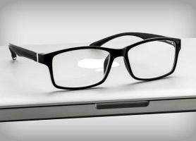 فعالیت افراد غیر علمی در ساخت و تجویز عینک طبی