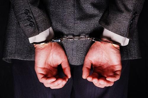 دو نماینده مجلس در ارتباط با پرونده سایپا بازداشت شدند ، انتقال به اوین تا تامین وثیقه 10 میلیاردی