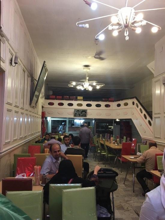 مشهد کجا غذا بخوریم؟ رستوران های قدیمی و قیمت مناسب مشهد