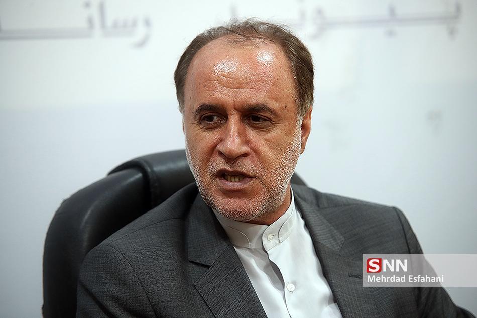 حاجی بابایی: اگر اروپایی ها روال فعلی را ادامه دهند جمهوری اسلامی باید گام چهارم و پنجم را هم بردارد