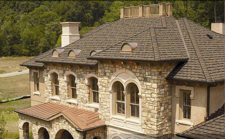 دلایل تعمیر و بازسازی سقف شینگل