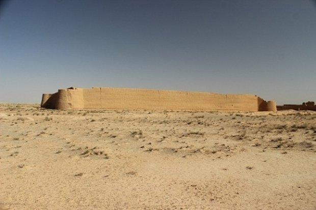 قلعه گلستانه مروست در راه ثبت ملی