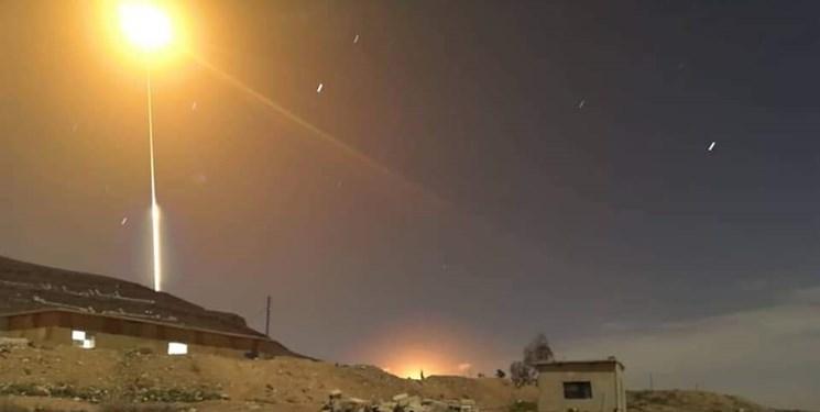 رسانه های سوریه از مقابله پدافند هوایی این کشور با اهداف مهاجم خبر دادند