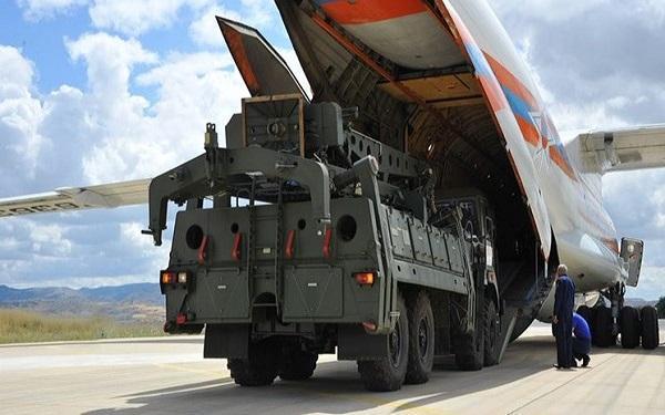 ترکیه سامانه اس 400 را بر روی جنگنده های آمریکا آزمایش نموده است