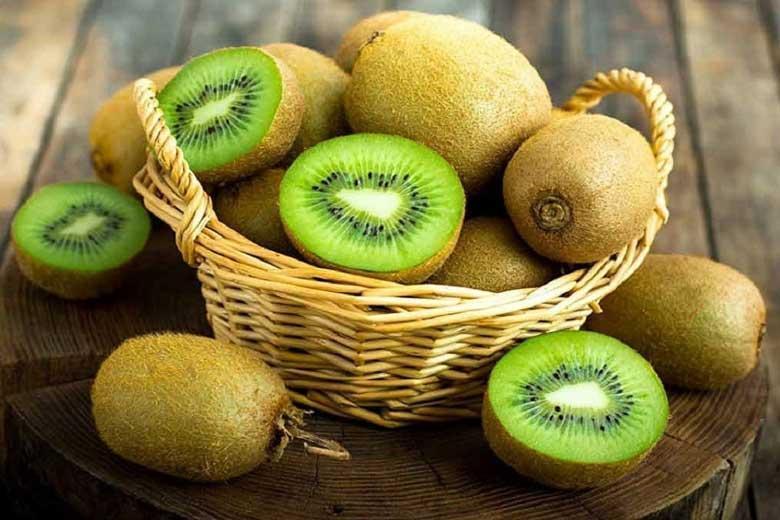 آشنایی با میوه&zwnjای شادی آور که بمب ویتامین C است