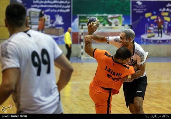 لیگ برتر هندبال، پیروزی سپاهان مقابل تیم پرواز هوانیروز