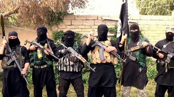 آمریکا برای مقابله با سوریه، زندانیان داعشی را به مرز عراق انتقال می دهد