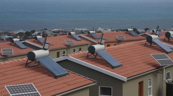 تحقیق در مورد آبگرمکن خورشیدی