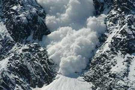 وزش باد و وقوع بهمن در ارتفاعات کشور