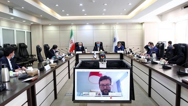 ایران و اروپا در حوزه سرمایه گذاری، بازاریابی و آموزش همکاری نمایند