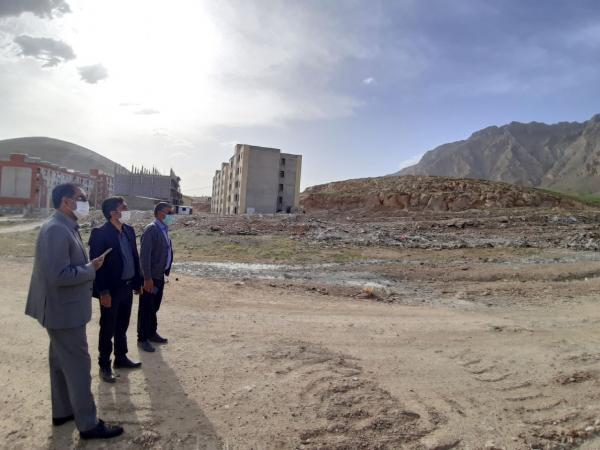 خبرنگاران فرماندار: محل مناسبی برای تخلیه نخاله های ساختمانی هرسین اختصاص یابد