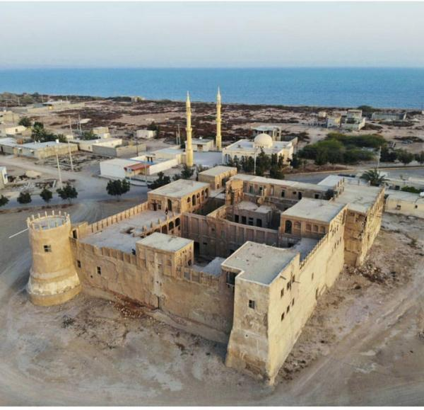 قلعه مغویه (شیخ سلطان المرزوقی) بندرلنگه دیگر راسخ نیست