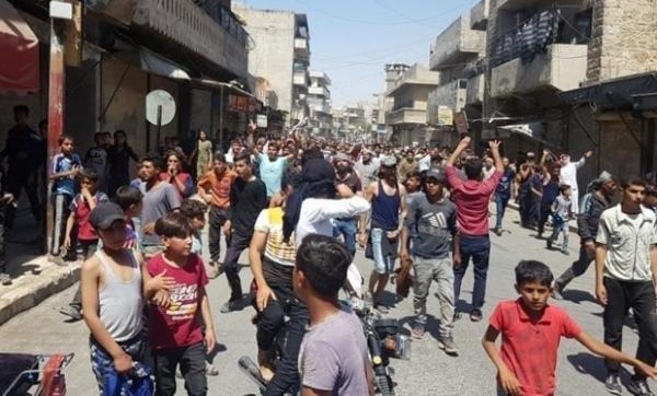 تظاهرات مردم سوریه علیه شبه نظامیان وابسته آمریکا