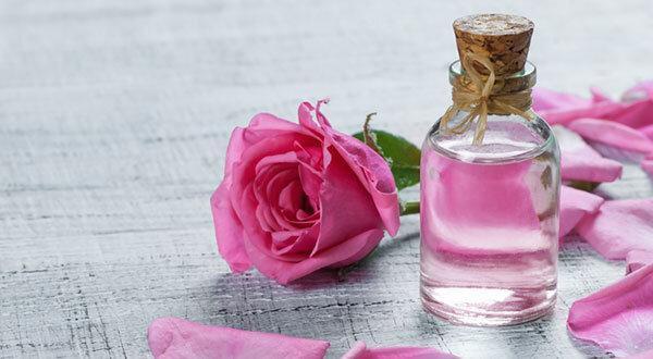 با خواص شگفت انگیز گلاب آشنا شوید
