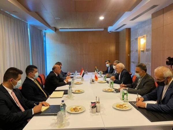 ظریف از شروع مذاکرات امنیتی منطقه ای استقبال کرد