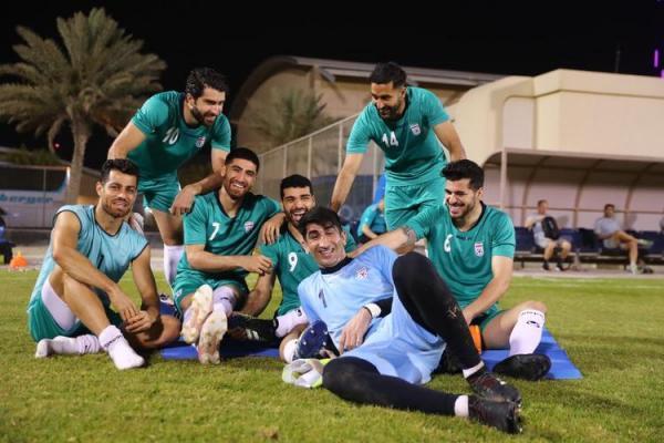 (عکس) ژست های متفاوت علیرضا بیرانوند در تمرین تیم ملی
