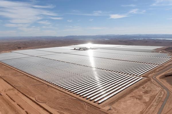 نیروگاه خورشیدی در بیابان های دبی